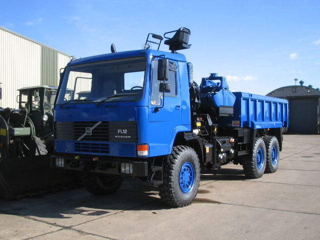 <a href='/index.php/trucks/tipper-trucks/article/11759-volvo-fl12-6x6-tipper-with-clam-shell-grab' title='' class='joodb_titletink'>Volvo FL12 6x6 Tipper with clam shell grab</a>